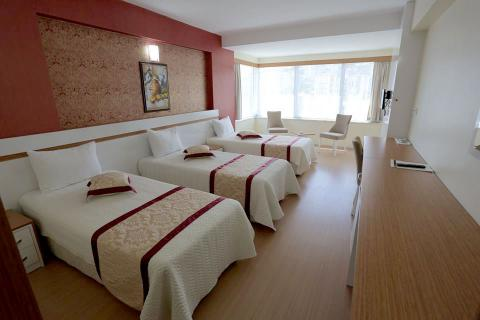 konaks hotel triple rooms